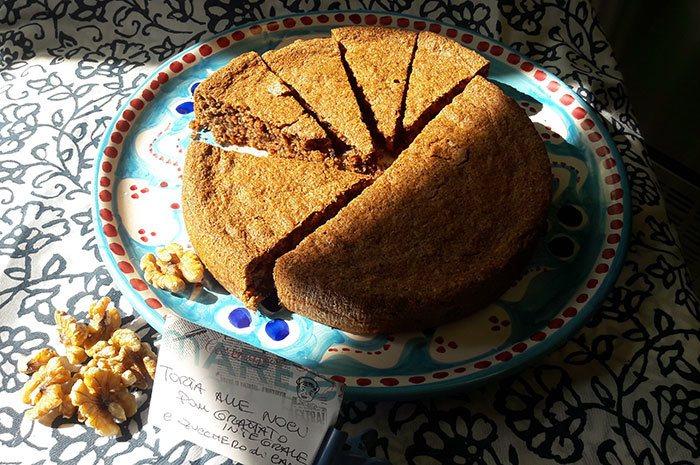 Torta-noci-e-pangrattato3